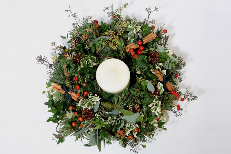 Garland-with-candle